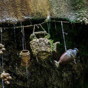 The Petrifying Well: gli oggetti diventano  pietra