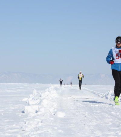 """Lago di Baikal, la maratona """"di ghiaccio"""""""