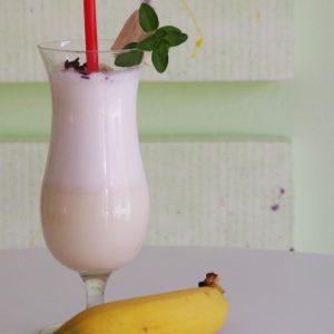 Banana Milk, la ricetta per un latte vegetale alternativo