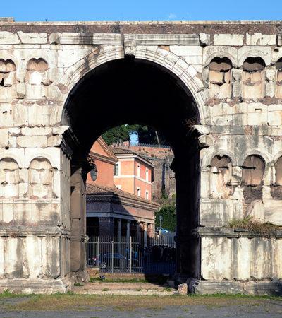 L'Arco di Giano, passaggio tra il fiume e il Foro