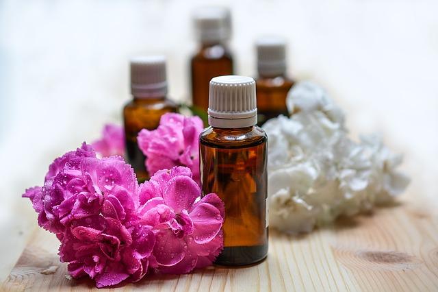 olio di argan, bottiglia olio essenziale