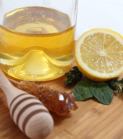 Olio essenziale di limone, la ricetta per prepararlo in casa
