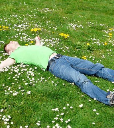 Stanchezza di primavera, combatterla con i rimedi naturali