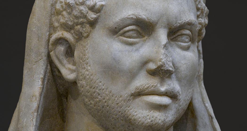 Massenzio statua