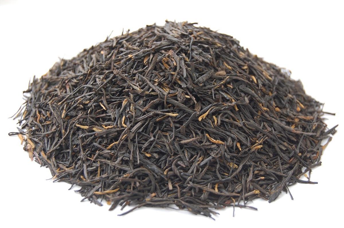 tè nero in foglia