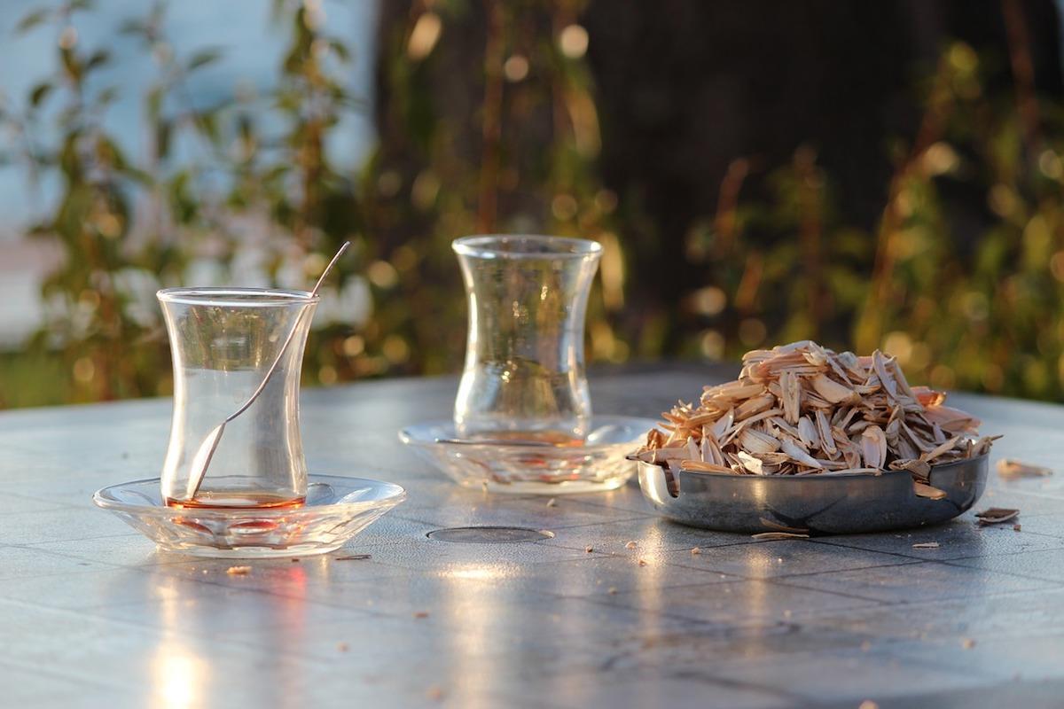 tè neri, bicchieri turchi