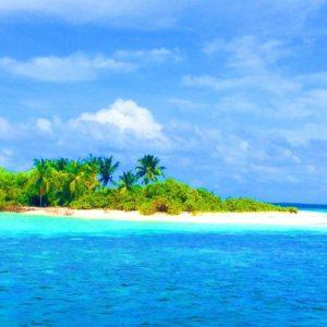 Thilafushi. Nelle Maldive la più grande isola di plastica