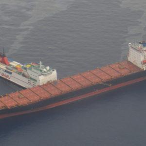 Collisione di due navi a largo della Corsica. A rischio l'area protetta paradiso dei cetacei
